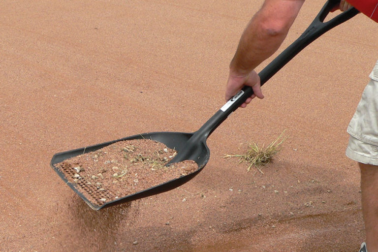 Perfect for sifting rocks and clay chunks out of top dressing
